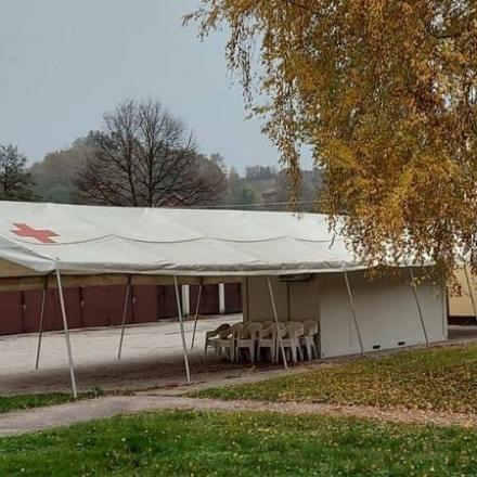 Postavljen šator